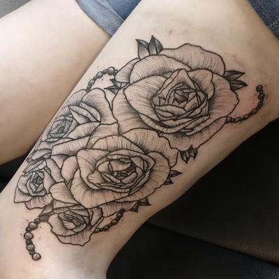 Herzwert Tätowierungen - Aachen Tattoo - Florian - rosen