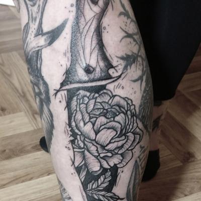 Herzwert Tätowierungen - Aachen Tattoo - Florian - Blume